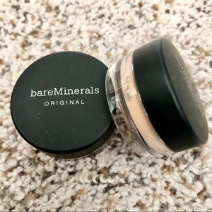 Bare Minerals Foundation SPF 15 - Light